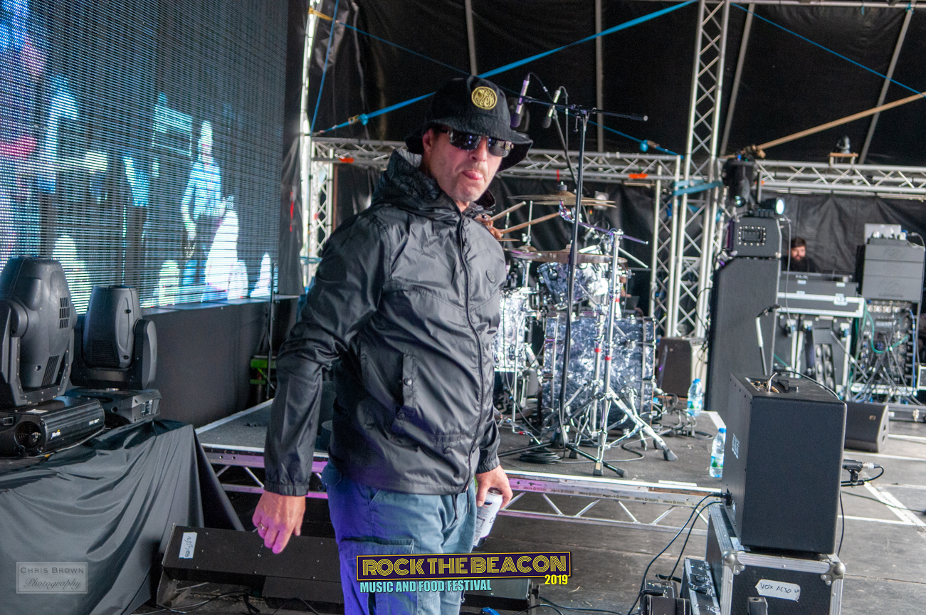 Oasiis 17- Rock The Beacon 2019 - Credit