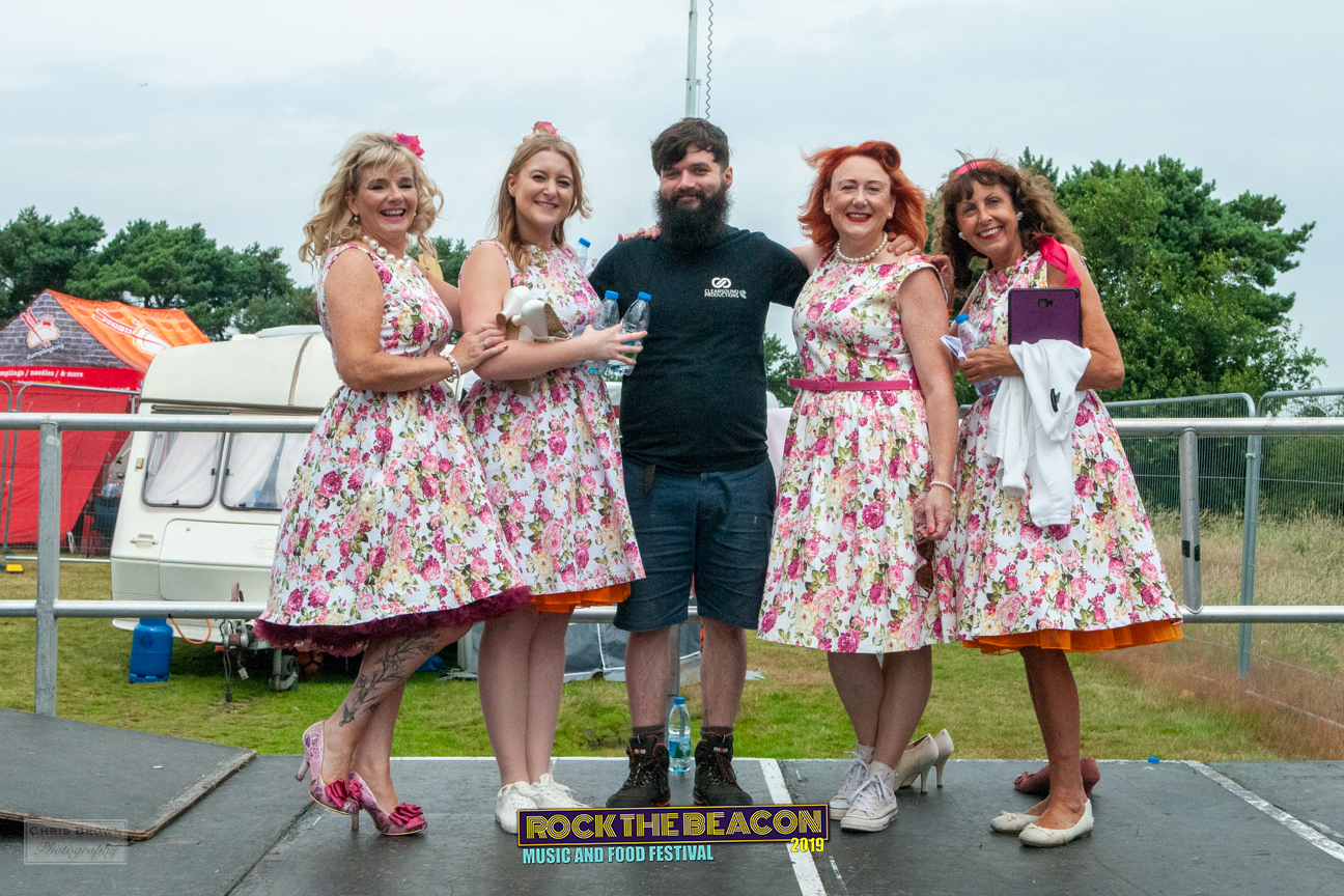 Vintage Singers 18 -  Rock The Beacon 20
