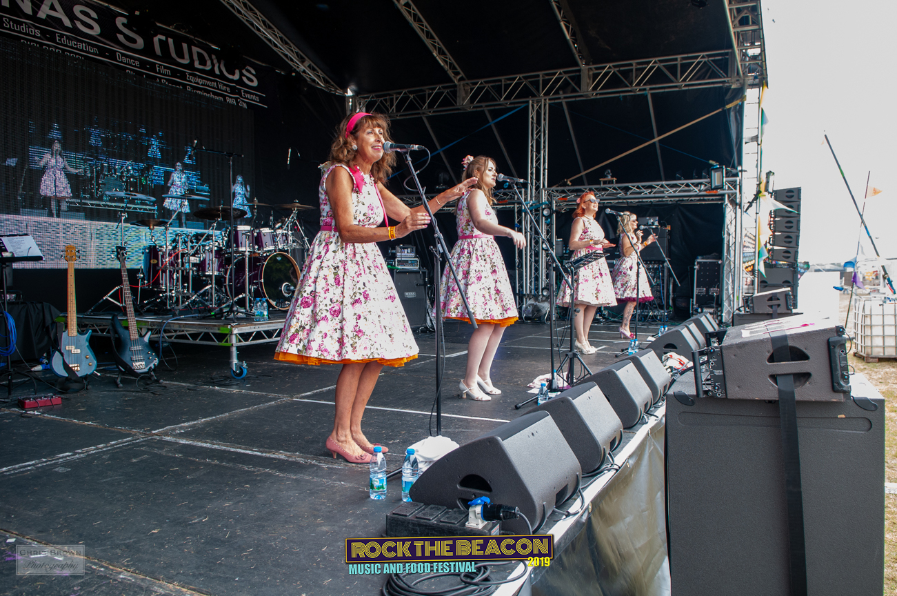 Vintage Singers 17 -  Rock The Beacon 20
