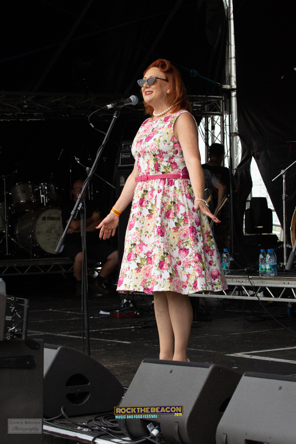 Vintage Singers 2 -  Rock The Beacon 201