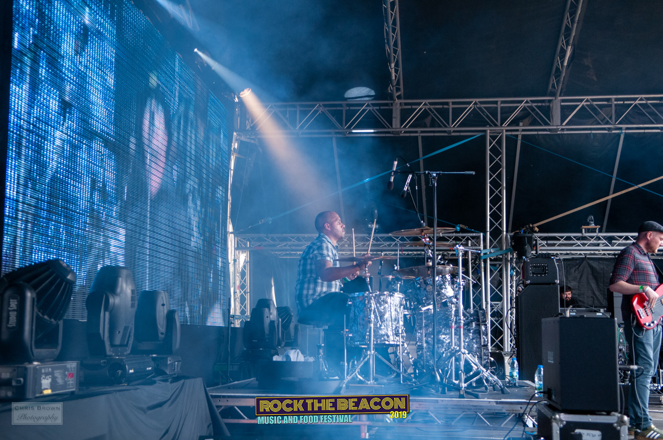 Oasiis 20- Rock The Beacon 2019 - Credit