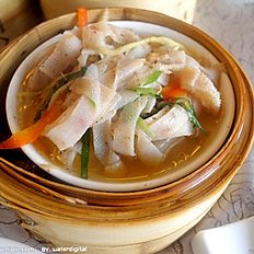 Steamed White Beef Triple            蒸牛柏葉