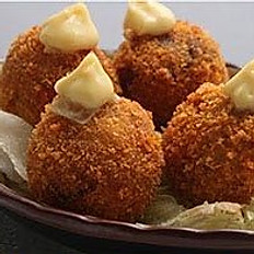 Crispy Shrimp Balls (4)