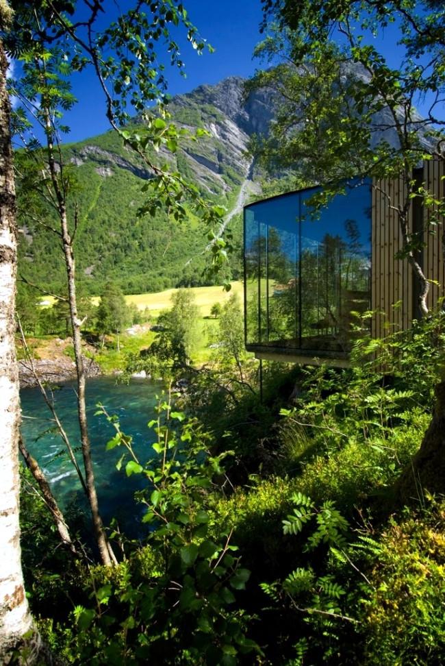 the-juvet-landscape-hotel-design-with-minimalist-architecture-1-1770518762.jpg