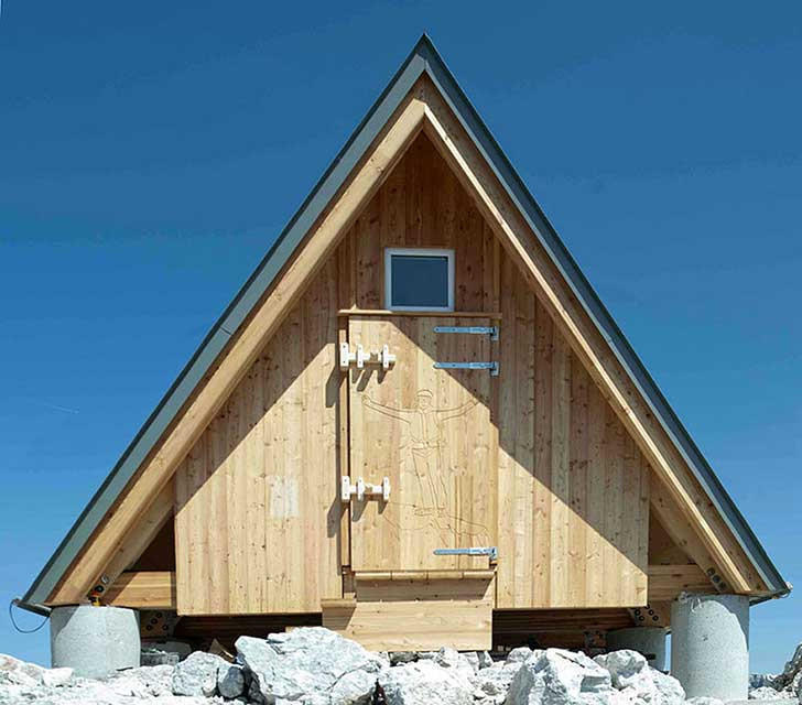 mountain-hut-house-2.jpg