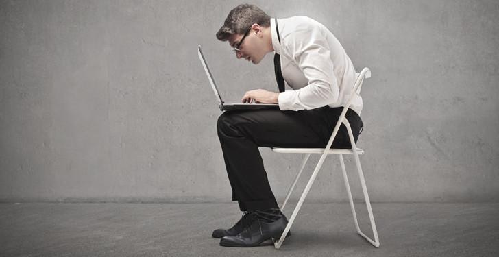 bad-posture-computer-chair-med-e1372902971826.jpg