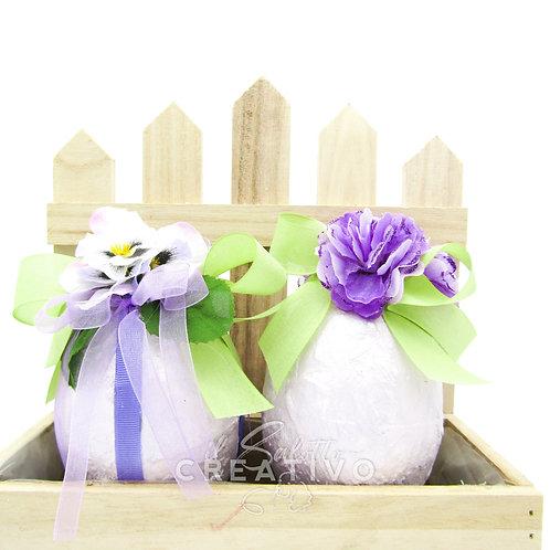 Cassetta con uova decorate