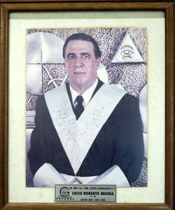 17 - Lucio Roberto Moura
