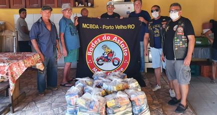 Lar Espírita André Luiz e Casa das Acácias, recebem doações do Motoclube BODES DO ASFALTO!