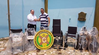 Centro Maçônico de Assistência à Saúde - CEMAS, recebe 7 cadeiras de rodas!