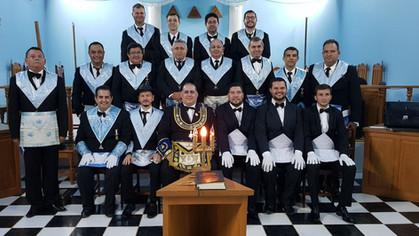 Benemérita Loja Simbólica Pedreiros de Machado em Machadinho Do Oeste - RO, inicia 03 novos Irmãos.