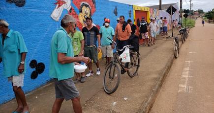 SOLAR DA PAZ (Loja Suprema Razão nº 25), distribui todos domingos, 150 marmitex à comunidade!