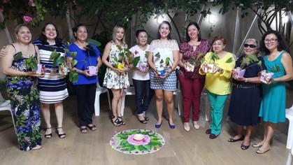 Danças Circulares e muitas Flores em Homenagem ao Dia das Mães pela BLS A Luz do Graal.