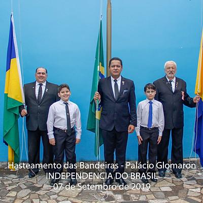 07 de Setembro - Hasteamento das bandeiras - Palácio da Glomaron