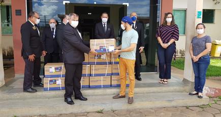 Glomaron entrega 6.000 kits de coleta de amostra para Covid-19.
