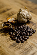 Black Garlic with Coffee Beans