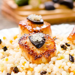 Seared Scallops with Lime Black Garlic Sauce