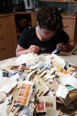 Stamp_present_02.jpg