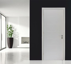 Internal lacquer door with pantograph design