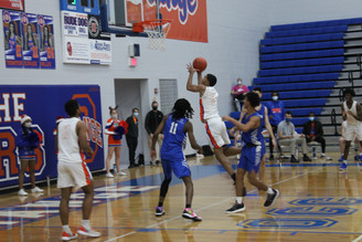 Photo Gallery: Boys Basketball vs. Davidson