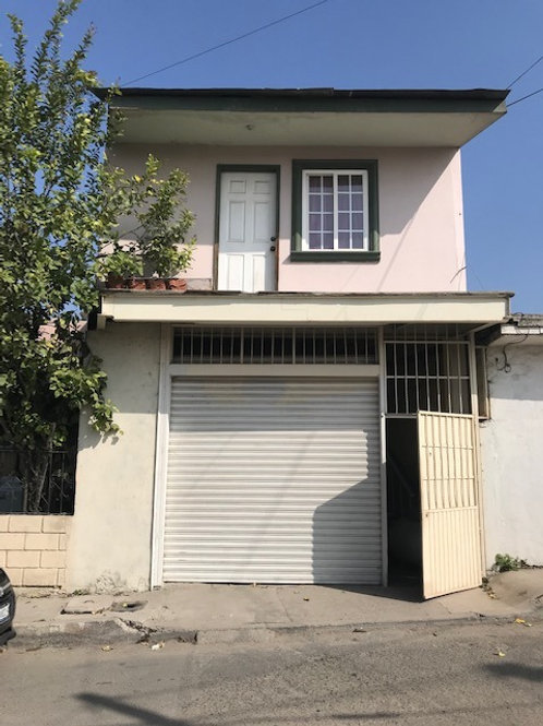 Restaurante con Departamento en planta alta en Colonia Buena Vista