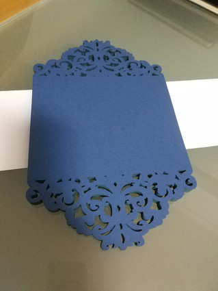 Corte de papel cartolina