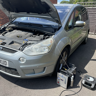FORD S-MAX CARBON CLEANED