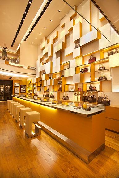 Louis Vuitton store in Fairmont Hotel (Vancouver, BC)
