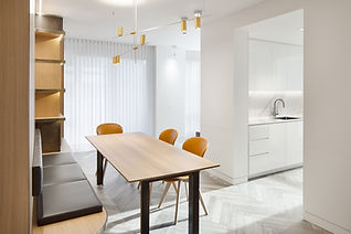 Pied-à-terre Yorkville condo dining area and kitchen renovation