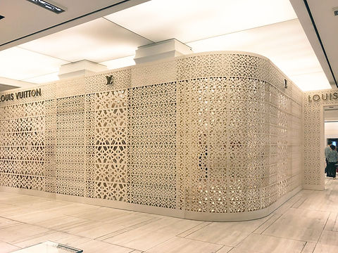 Louis-Vuitton-Sherbrooke-Holt-Renfrew-fa