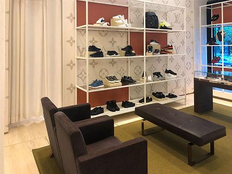 Louis-Vuitton-Sherbrooke-Holt-Renfrew-Mo