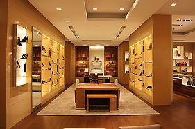 Louis Vuitton Holt Renfrew Yorkdale Store Interior