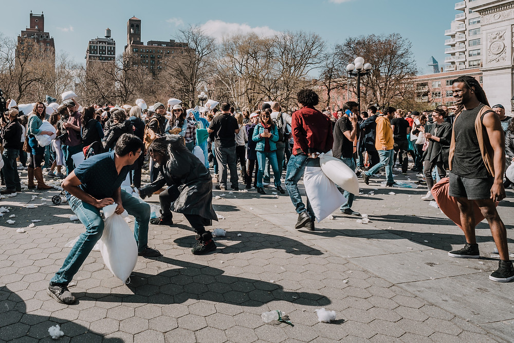 International Pillow Fight Day NYC (c) Silvie Bonne