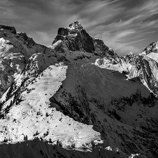 """Mt. Triumph North Cascades 20""""X20"""" Canvas standout"""