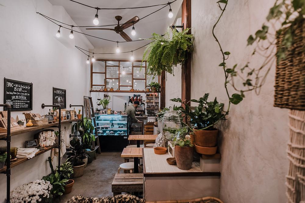 Urban Backyard Coffee & Tea (c) Silvie Bonne