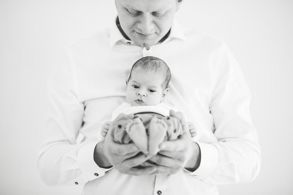 Newborn lifestyle reportage (c) Silvie Bonne