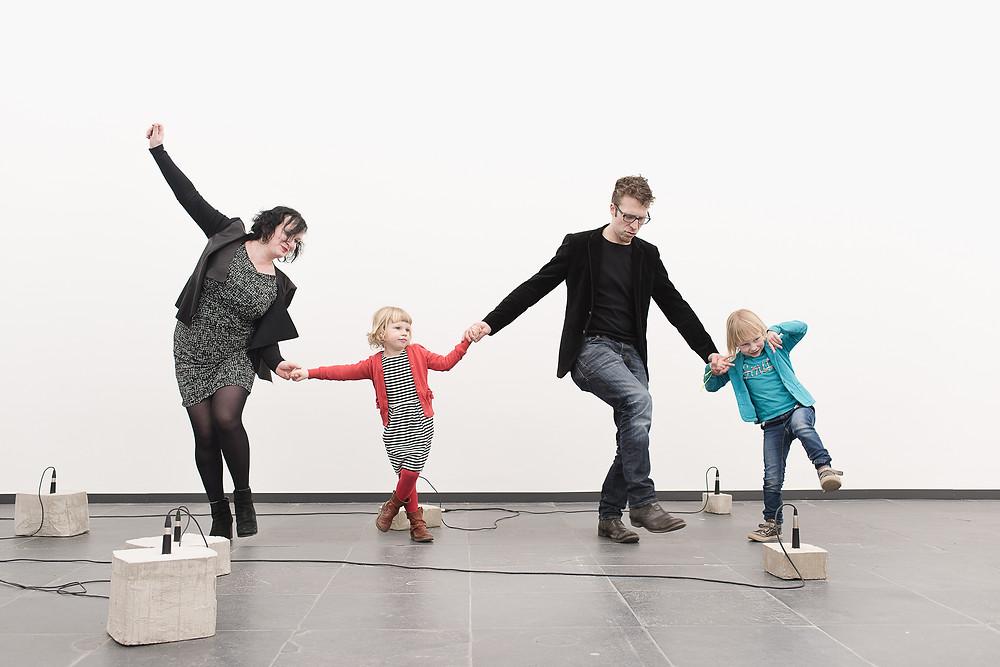 Familiereportage in het S.M.A.K. (c) Silvie Bonne