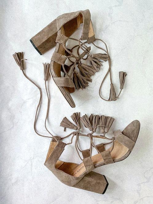 Suede Tassel Sandal Pumps Size 9.5