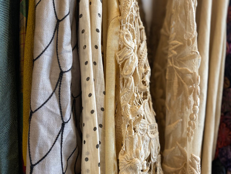 Experiencing the Magic of Vintage Clothing