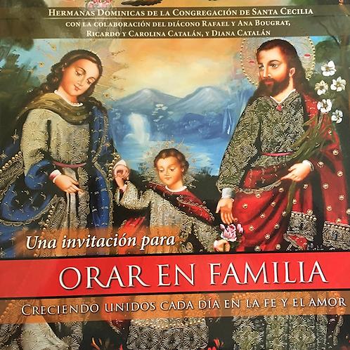 Praying as a Family (Spanish book) #3432