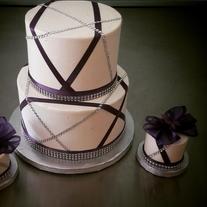 Purple and Diamond Wedding Cake.png