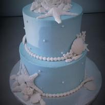 Baby Blue Seashell cake.jpg