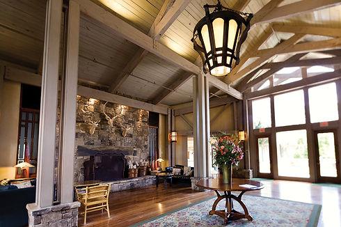 Lodge---Pine-Mountain.jpg