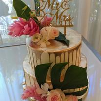 Gold Drizzle Tropical Wedding Cake.jpg