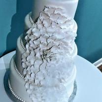Rose Petals wedding cake.jpg