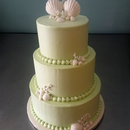 Mint Seashell wedding cake.jpg