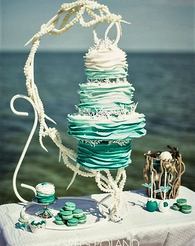 Wedding Cakes in the Keys / Unique D'Lites Custom Cakes