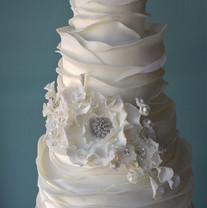 White Wave and Diamond Sugar Floral.jpg