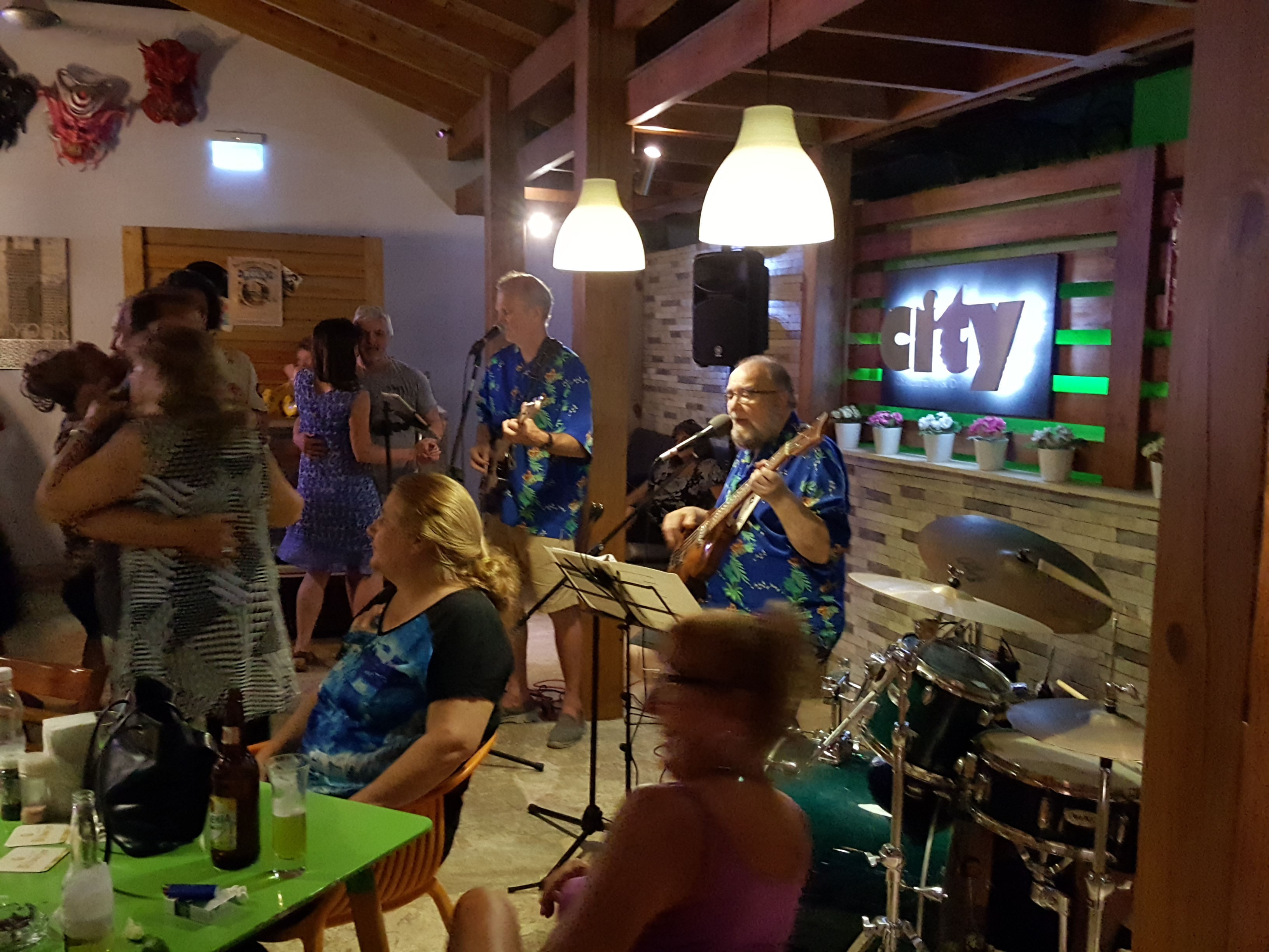 Live Music with Dick Lupino