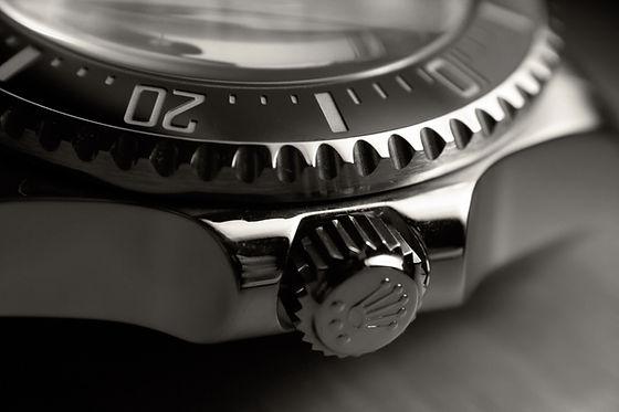 rolex-wrist-watch-watch-black-close-up-b